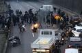 仏全土でゼネスト、タクシー運転手ら道路封鎖 デモ120か所