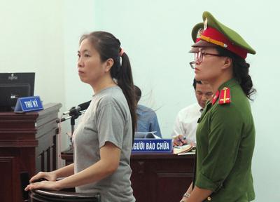 ベトナム反体制派ブロガーの10歳娘、メラニア米大統領夫人に母への支援求める