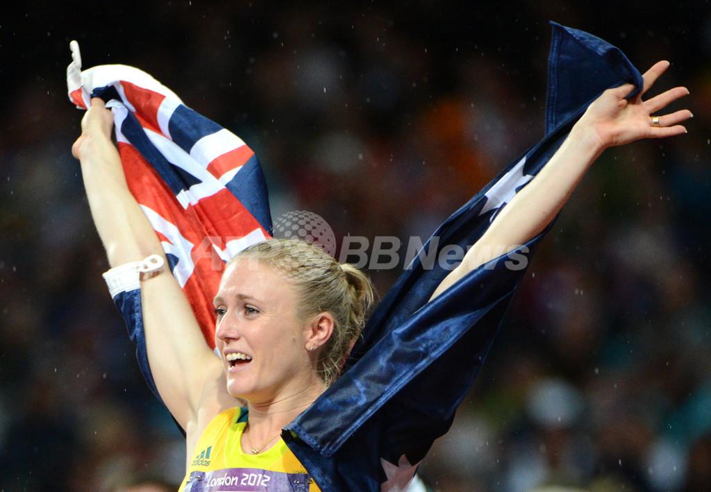 ピアソンが五輪新記録で金メダル獲得、女子100メートルハードル