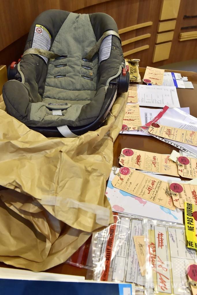 車のトランクで発見、実の娘を2年隠した「理想の母親」 公判開始 フランス