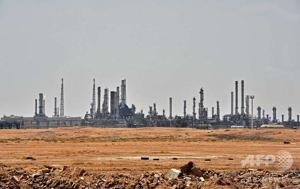 サウジ石油施設攻撃、国家防衛の見直し迫るドローンの脅威