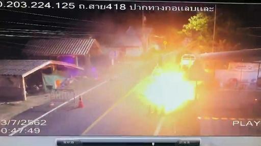 動画:タイ南部でイスラム過激派が軍を攻撃、4人死亡 攻撃の瞬間の映像