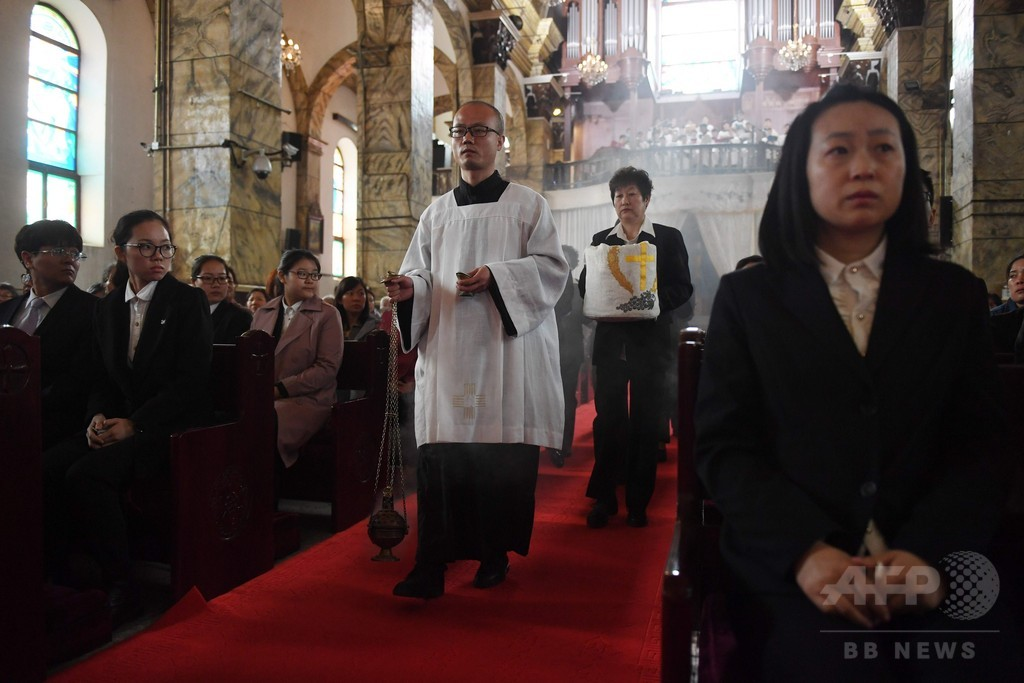 中国とバチカン、司教の任命権めぐる歴史的な合意間近か 報道