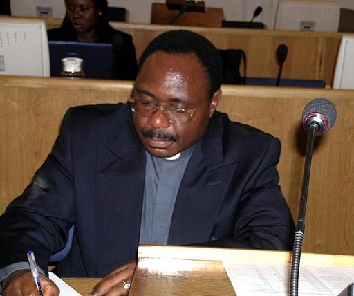 ルワンダ国際犯罪法廷、カトリック司祭に終身刑