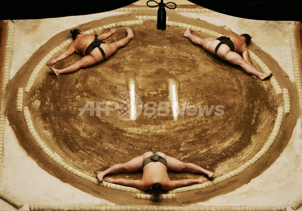大相撲 土俵に女性乱入で伝統は崩壊か?