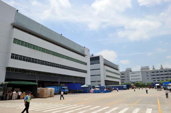 アイパッドの中国工場、賃金を3割アップへ