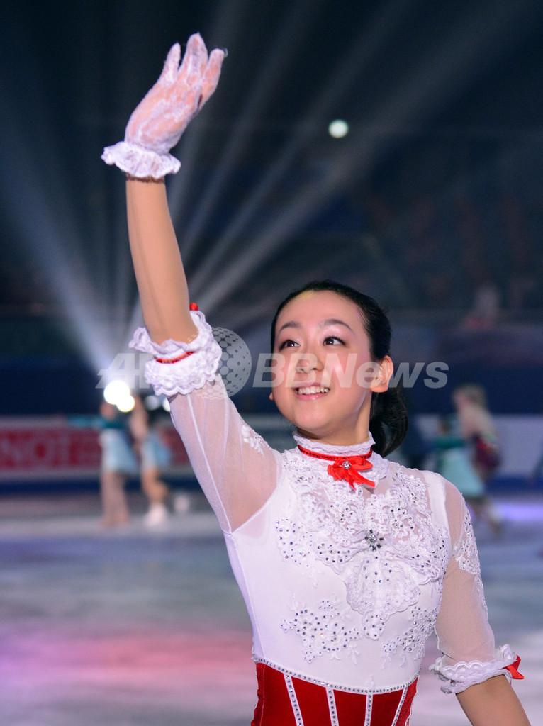 浅田真央らがエキシビションで演技を披露、四大陸選手権