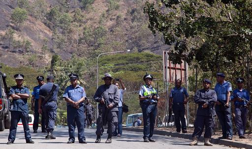 パプアニューギニアでチャーター機ハイジャック、貨物盗まれる