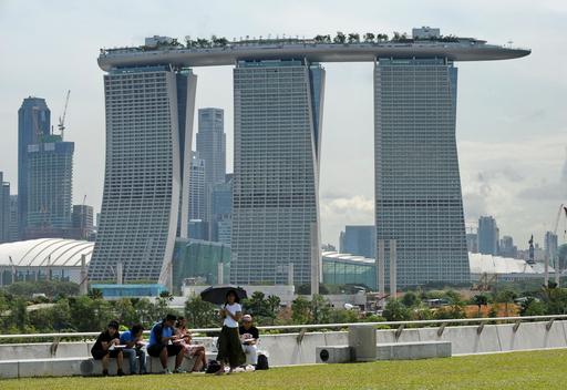 空中庭園「サンズ・スカイパーク」が24日にオープン、シンガポール