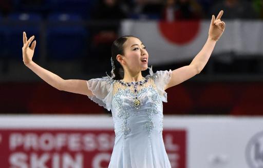 紀平が女子SP世界最高記録を更新、フィギュア国別対抗戦