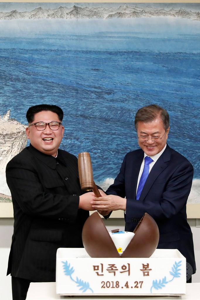 韓国大統領、「ノーベル賞はトランプ氏に、われわれには平和を」