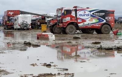 第6ステージは荒天のため中止に、ダカールラリー