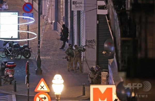 パリ同時テロ、ベルギーで9人目の容疑者逮捕