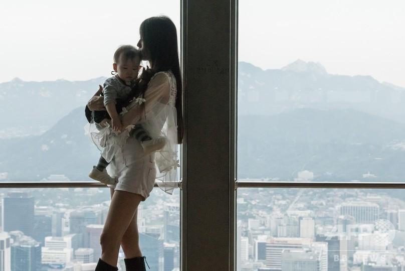 「会社に母親の居場所はない」 出生率0.95、韓国が抱える少子化の現実