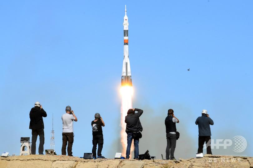 ロシア宇宙船、エンジントラブルで緊急着陸 飛行士らは無事生還
