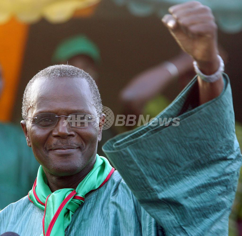 80歳の現職大統領が続投目指し、大統領選に出馬表明 - セネガル