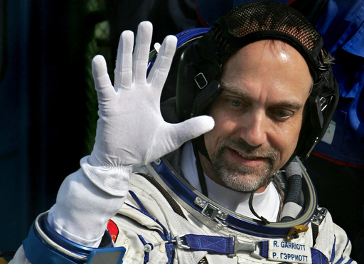 世界で6番目の宇宙旅行者、米ビデオゲーム界の「教祖」が出発
