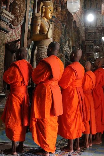 過激な仏教僧の集団、ロヒンギャ難民の保護施設を襲撃 スリランカ