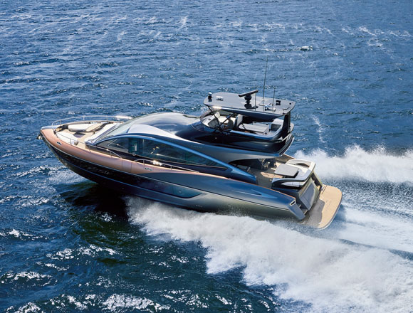 高級ヨット「LY650」の販売が開始 操舵感もレクサス!?