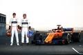 マクラーレンが新車「MCL33」を発表、アロンソ興奮も「不安」