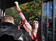 ウクライナの「FEMEN」、トップレスで動物園に抗議