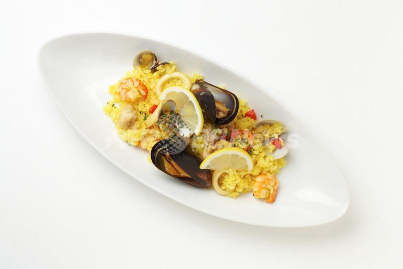 ロートレックの芸術と食を味わう期間限定カフェ、10月17日オープン