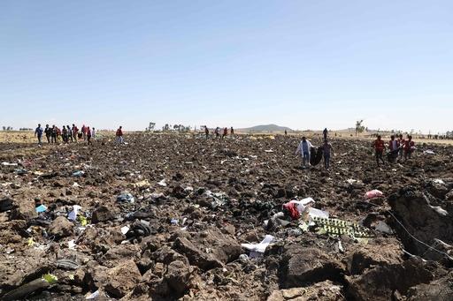 エチオピア航空機が墜落、乗客乗員157人全員が死亡