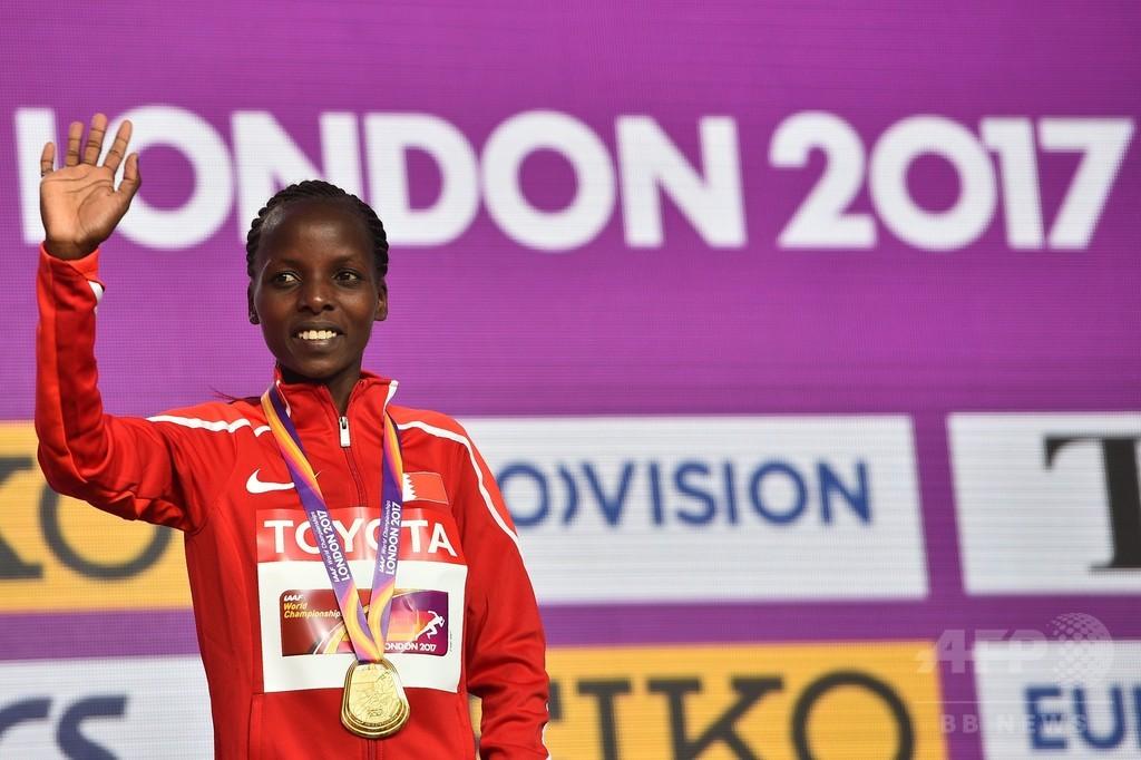 チェリモが女子マラソン制覇、キプラガトに競り勝つ 世界陸上