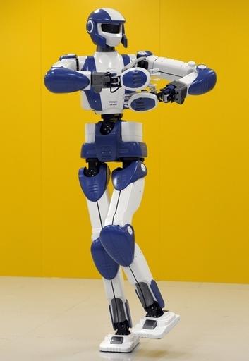 陸上選手のような人型ロボット「HRP-4」、川田工業と産総研が発表