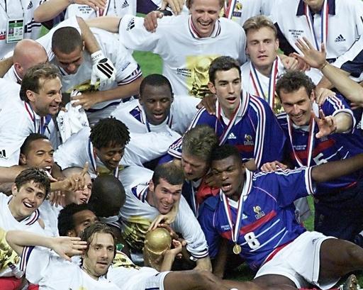 フランスが初優勝を果たした1998年大会決勝、ロシア大会で20年ぶりの栄冠目指す
