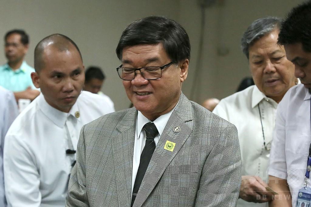 「犯罪者は人間ではない」 フィリピン法相、人権団体に反論