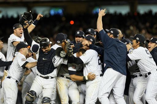 ヤンキースが9年ぶりの頂点 松井秀は6打点でMVPに、MLBワールドシリーズ