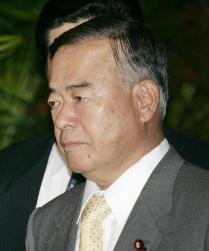 中山国交相、問題発言で辞任 在職はわずか5日