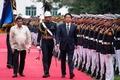 安倍首相、フィリピンに到着 ドゥテルテ大統領と会談へ