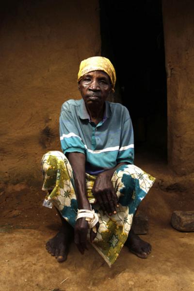 集団レイプ被害者242人に、コンゴ民主共和国