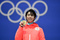 羽生結弦、2大会連続の金メダル手に笑顔 平昌五輪