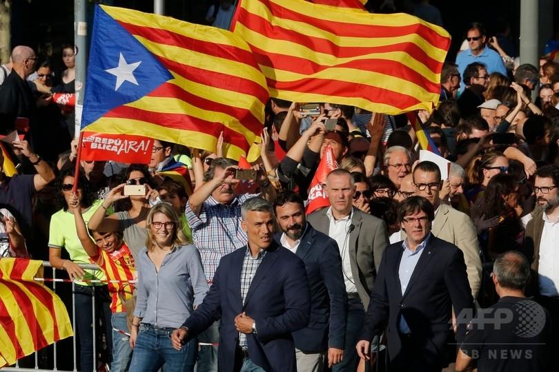 カタルーニャ独立派が大規模デモ、自治権停止は上院で承認の見通し