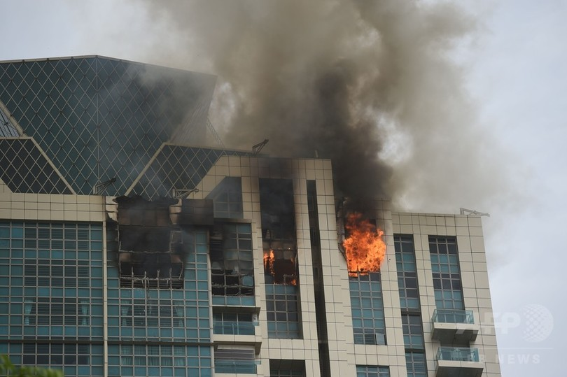 インド・ムンバイの高層マンションで火災