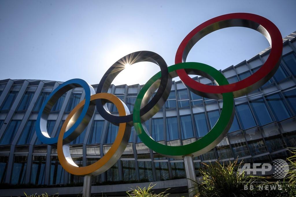 IOC「理想的な」解決策ない、選手から東京五輪開催に疑問の声