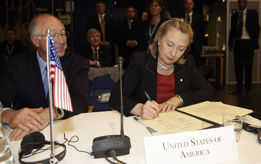 北極評議会、経済発展に向けた方針で合意