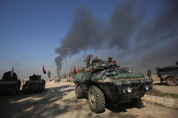 イラク部隊、モスル西部に進攻 IS追放に前進