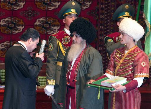ベルドイムハメドフ副首相が新大統領に就任 - トルクメニスタン