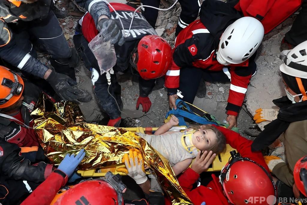3歳女児、91時間ぶりに救出 トルコ沖地震