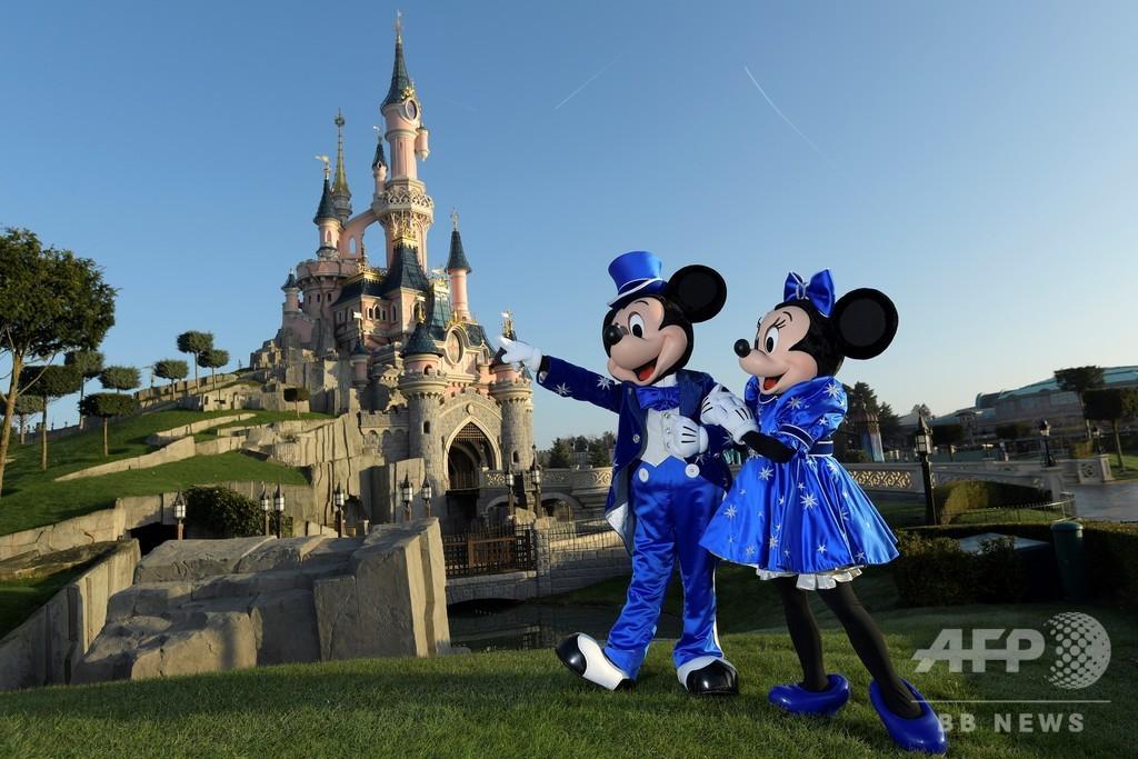 ディズニー、米仏のテーマパークを休園へ 新型コロナ