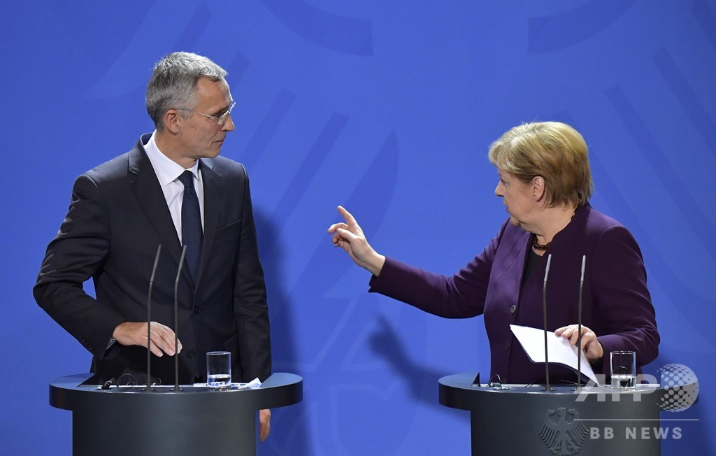 NATOは「脳死」とマクロン氏 加盟各国が反論、ロシアは称賛