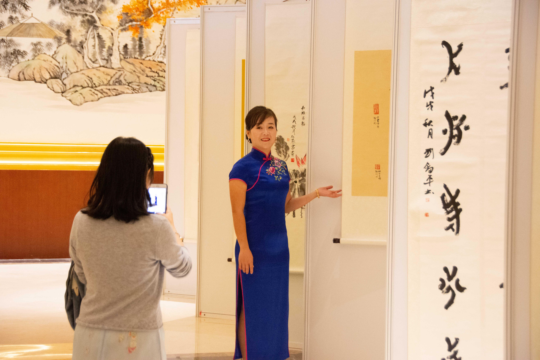 世界唯一の女性文字「女書」の作品展 中国・長沙市