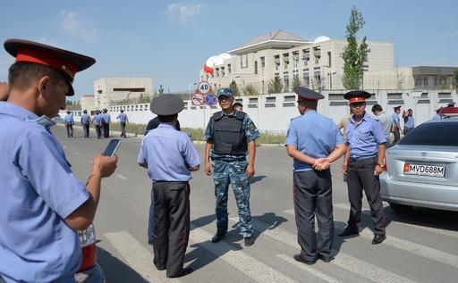 キルギスの中国大使館に自爆攻撃、3人負傷 テロ事件として捜査
