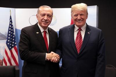 米トルコ関係改善、トルコによるクルド部隊攻撃に道 米軍シリア撤退