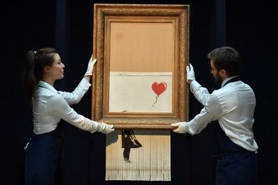 バンクシー絵画の細断は失敗だった、「リハーサルでは完全細断に成功」