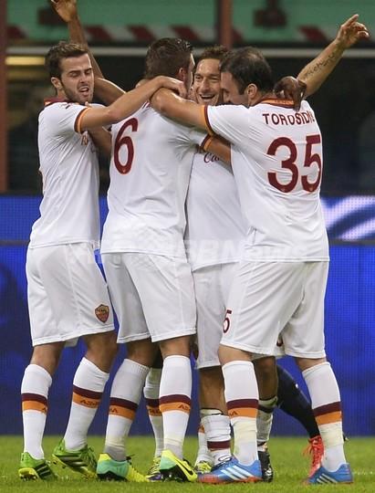 ローマが開幕7連勝!トッティの活躍でインテルを撃破